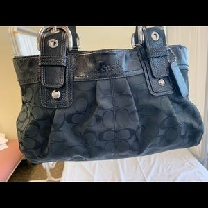 Authentic Coach purse PRICE NEGOTIABLE